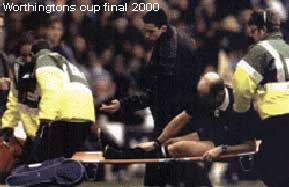 Worthingtons cup final 2000